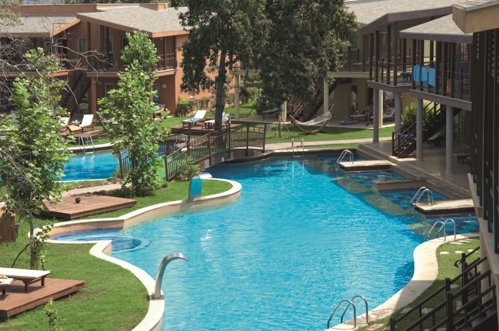 sueno hotels beach side pools